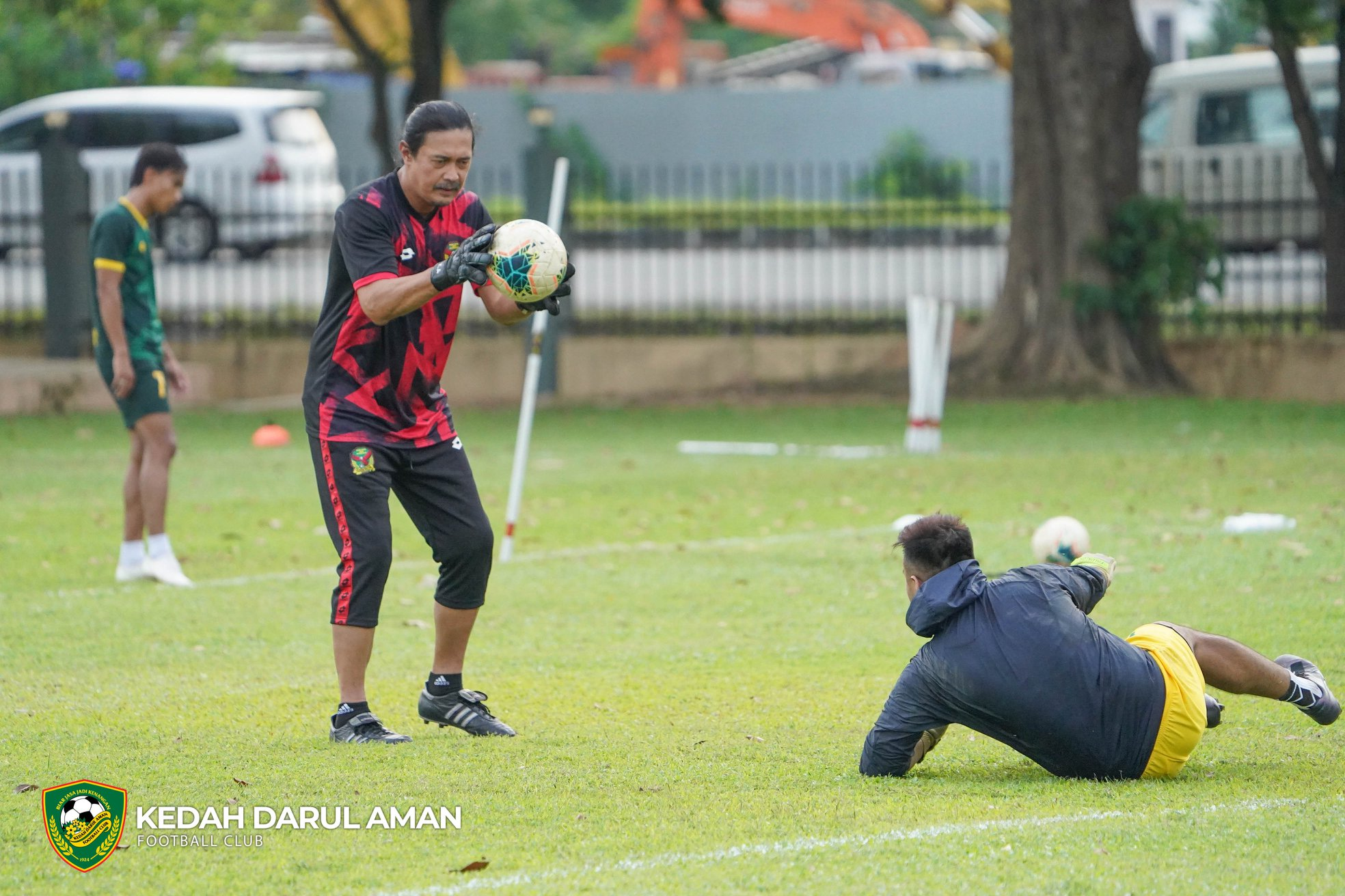 Khairul Azman Mohamed Ifwat Akmal Kedah Darul Aman FC 2021